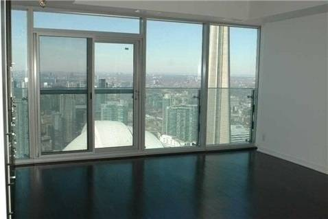 Apartment for rent at 12 York St Unit 5405 Toronto Ontario - MLS: C4733884