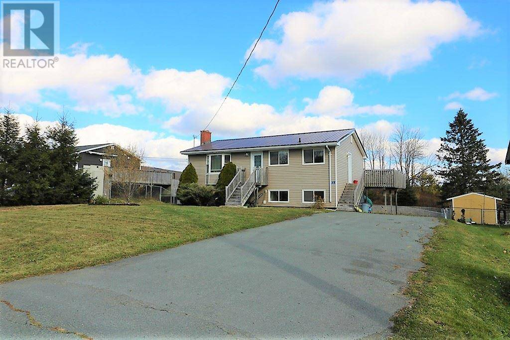 House for sale at 541 1 Hy Mount Uniacke Nova Scotia - MLS: 202007267