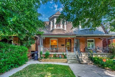 Townhouse for sale at 541 Clinton St Toronto Ontario - MLS: C4546948