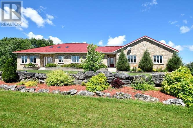 For Sale: 541009 Concession 14 Ndr, West Grey, ON | 3 Bed, 3 Bath House for $1,095,000. See 21 photos!