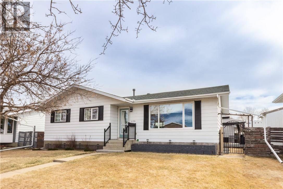 House for sale at 5411 52 St Camrose Alberta - MLS: ca0190689