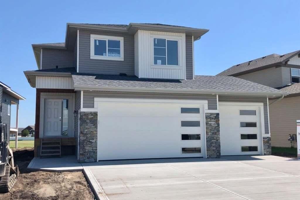House for sale at 5413 Vista Tr Blackfalds Alberta - MLS: CA0194086