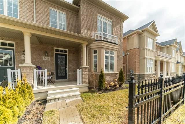 For Sale: 5421 Tenth Line, Mississauga, ON   3 Bed, 4 Bath Townhouse for $858,000. See 20 photos!