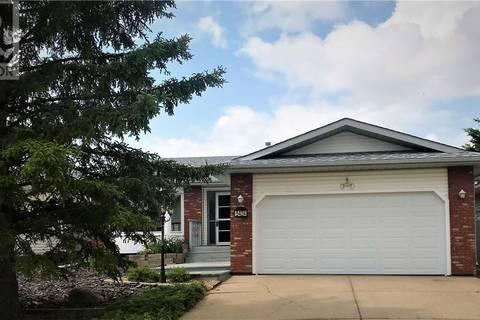 House for sale at 5424 60 St Camrose Alberta - MLS: ca0170954