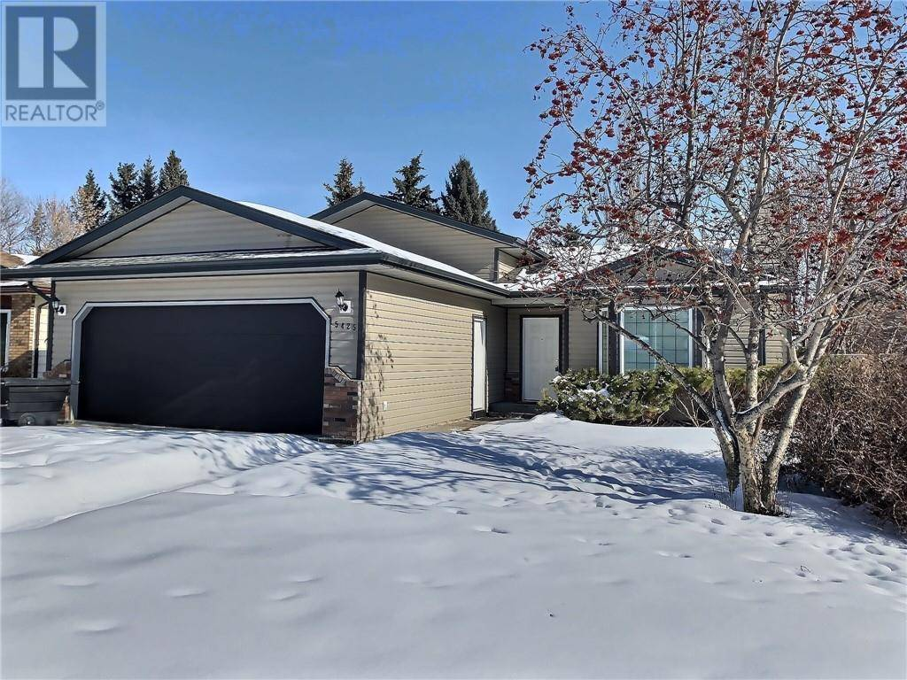 House for sale at 58 Street Cres Unit 5425 Lacombe Alberta - MLS: ca0189392