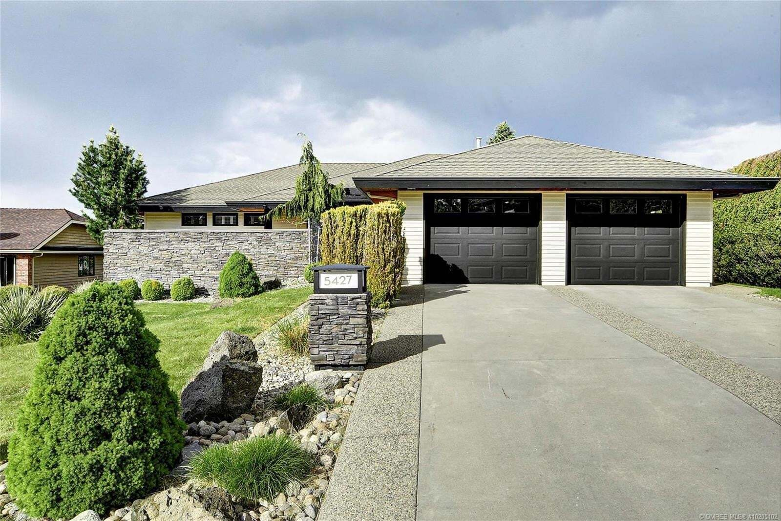 House for sale at 5427 Tanager Ct Kelowna British Columbia - MLS: 10205102