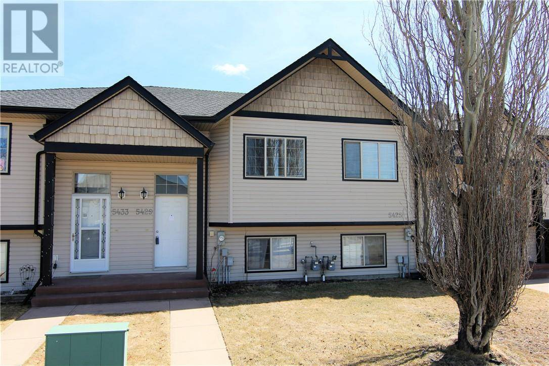 Townhouse for sale at 5429 Prairie Ridge Ave Blackfalds Alberta - MLS: ca0189926