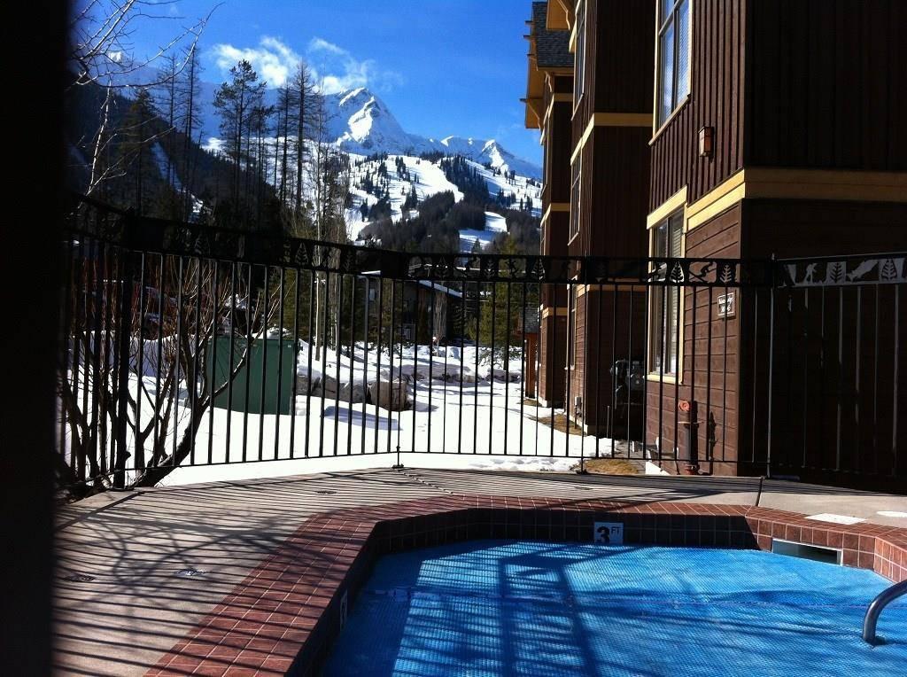 Condo for sale at 4559 Timberline Crescent  Unit 542D Ski Hill Area British Columbia - MLS: 2432628
