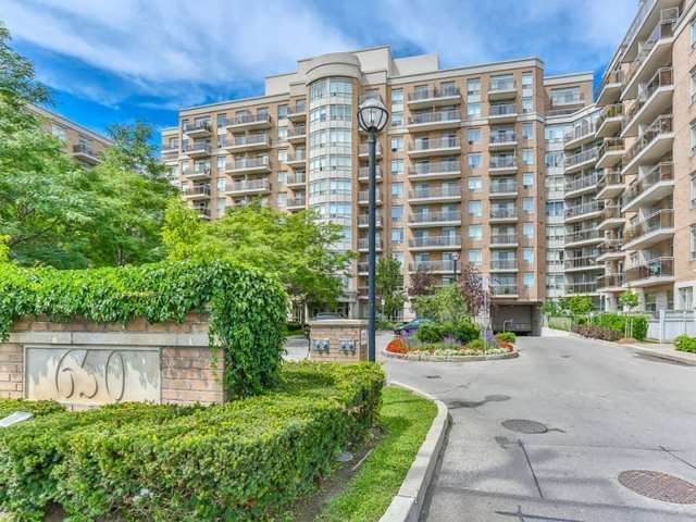 Sold: 543 - 650 Lawrence Avenue, Toronto, ON