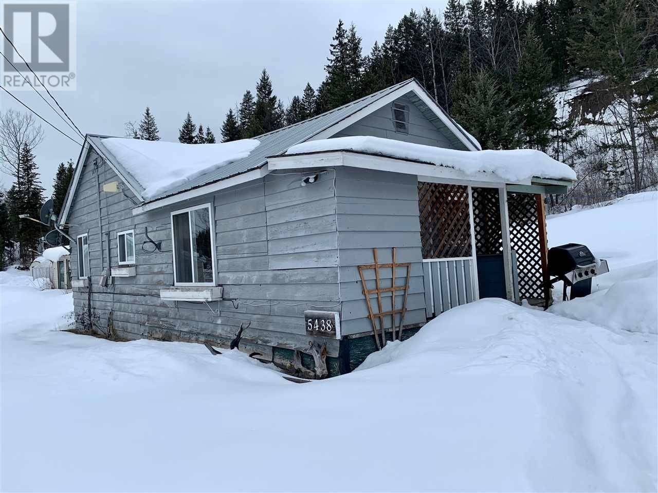 House for sale at 5438 Kennedy Rd 100 Mile House British Columbia - MLS: R2441938