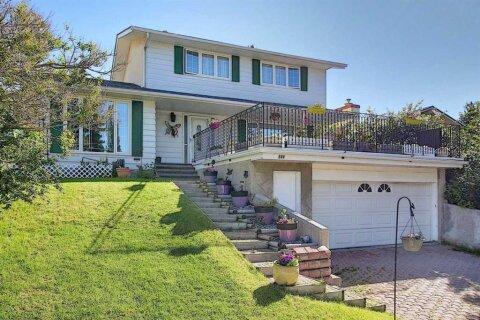 House for sale at 544 Dalmeny Hl NW Calgary Alberta - MLS: A1011169