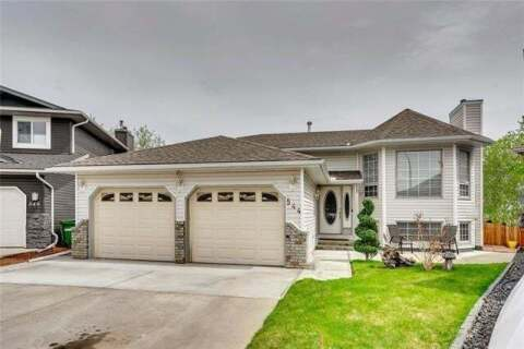 House for sale at 544 Meadowbrook By Southeast Airdrie Alberta - MLS: C4297864