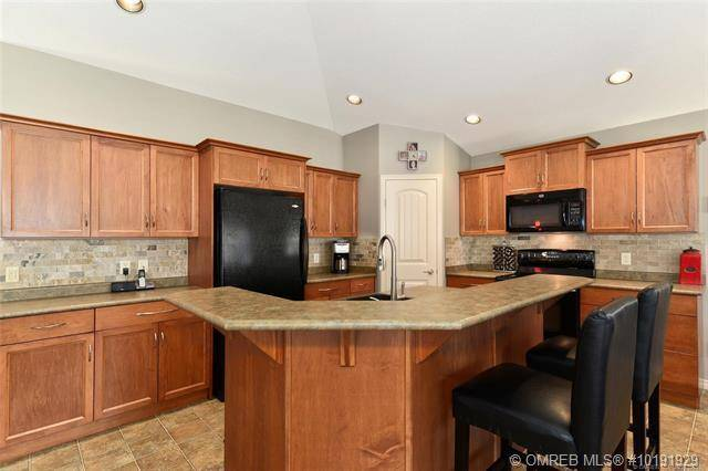 544 South Crest Drive, Kelowna | Image 2