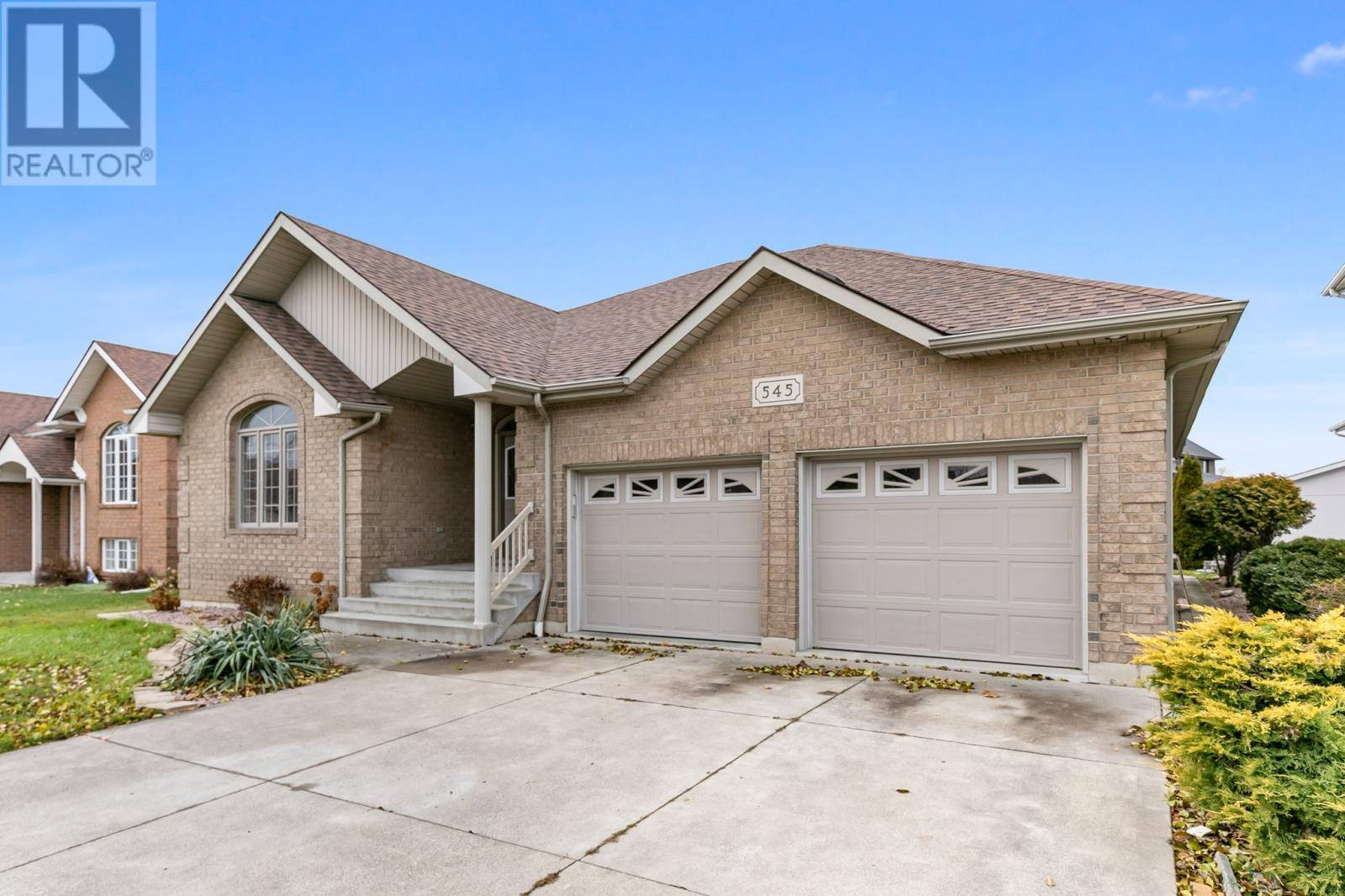 House for sale at 545 Bellagio  Windsor Ontario - MLS: 20002038