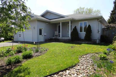 House for sale at 545 Van Norman St Thunder Bay Ontario - MLS: TB191750