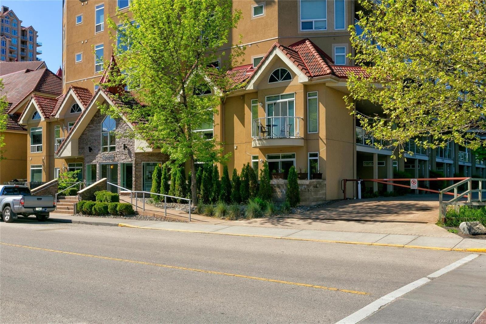 Condo for sale at 1088 Sunset Dr Unit 546 Kelowna British Columbia - MLS: 10218857