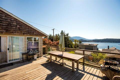 House for sale at 546 Sargent Rd Gibsons British Columbia - MLS: R2414578