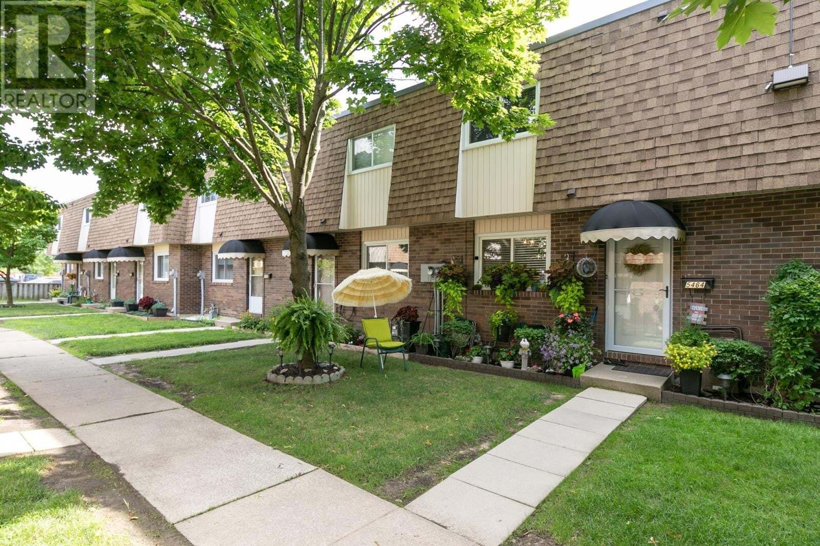 Townhouse for sale at 5464 Lassaline Ave Windsor Ontario - MLS: 20009092