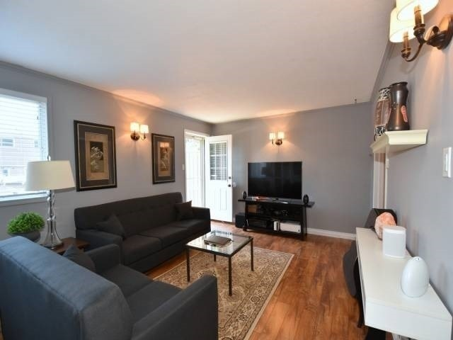 For Sale: 5467 Schueller Crescent, Burlington, ON | 4 Bed, 2 Bath Townhouse for $514,900. See 18 photos!