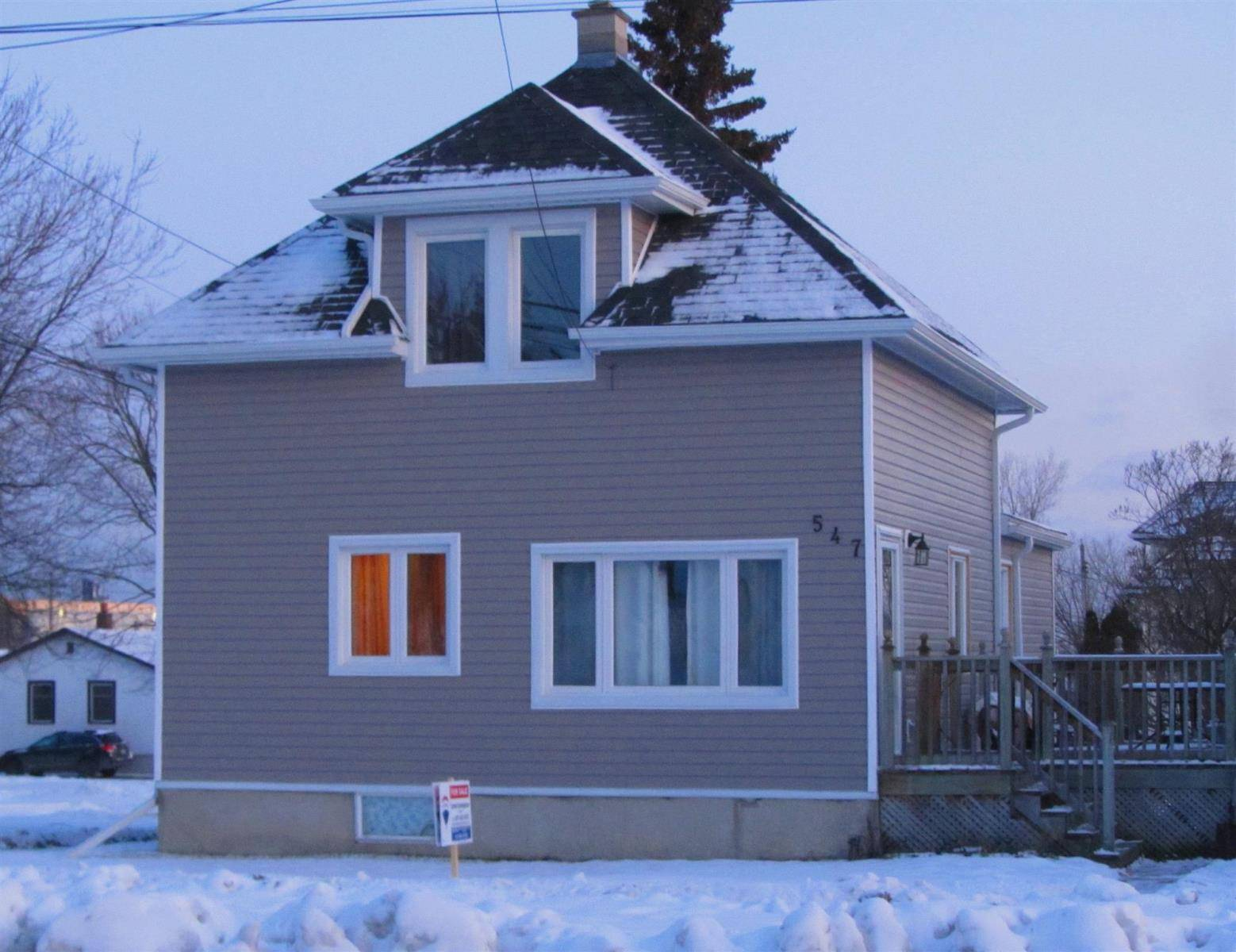 House for sale at 547 Court St N Thunder Bay Ontario - MLS: TB193615
