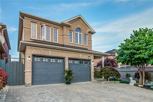 For Sale: 5471 Challenger Drive, Mississauga, ON | 4 Bed, 4 Bath House for $1,275,000. See 20 photos!