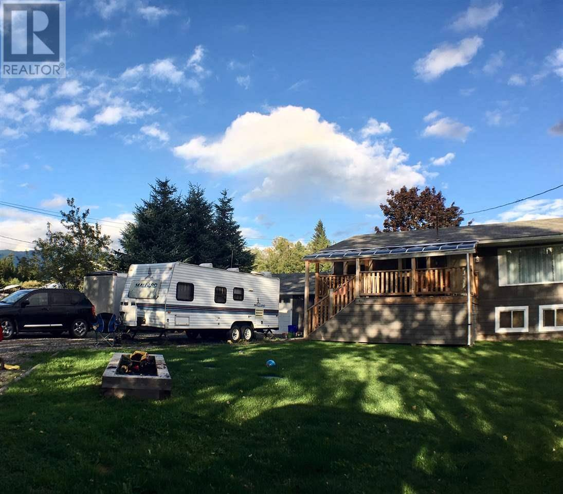 House for sale at 548 Kalum Lake Rd Terrace British Columbia - MLS: R2435437