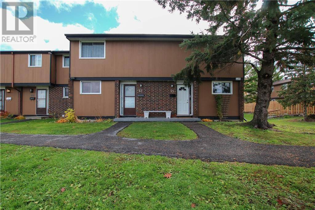 Townhouse for sale at 55 Bellman Dr Ottawa Ontario - MLS: 1174003