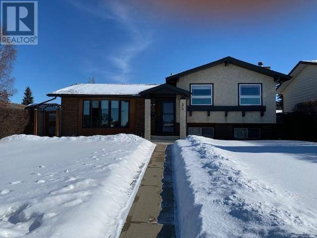 House for sale at 55 Berry Ave Red Deer Alberta - MLS: ca0188878