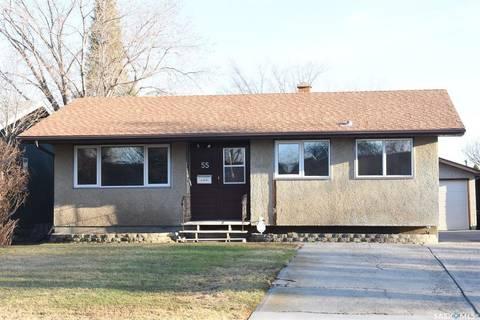 House for sale at 55 Daniels Cres Regina Saskatchewan - MLS: SK806237