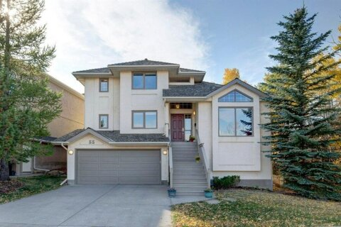 House for sale at 55 Stratton Cres SW Calgary Alberta - MLS: A1040233