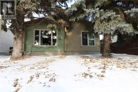 House for sale at 550 Rink Ave Regina Saskatchewan - MLS: SK797541