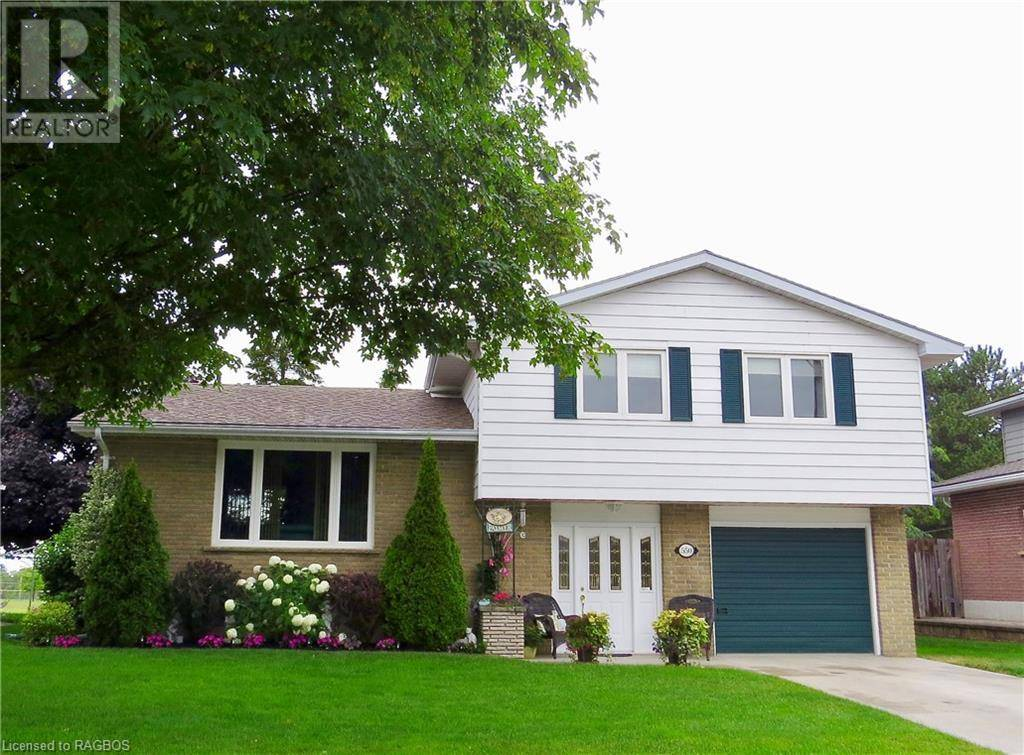 House for sale at 550 Thede Dr Saugeen Shores Ontario - MLS: 210643