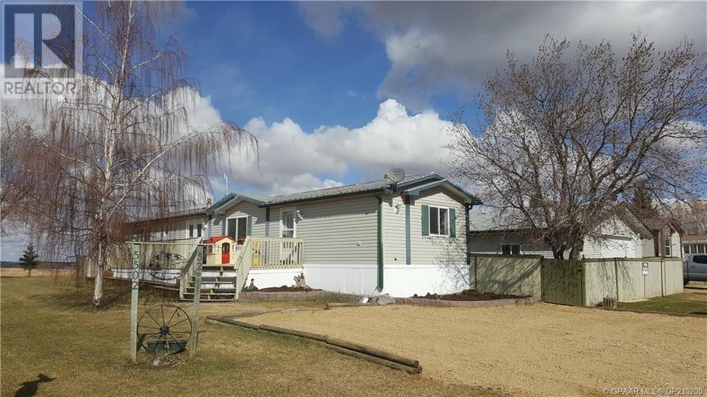 House for sale at 5502 52 Street Crescent Berwyn Alberta - MLS: GP215200