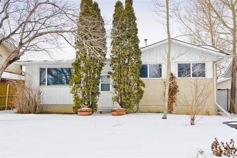 House for sale at 5508 Memorial Dr Northeast Calgary Alberta - MLS: C4278114