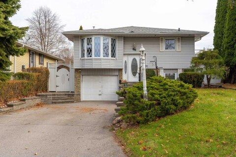 House for sale at 551 Capilano Cres Oshawa Ontario - MLS: E4995364