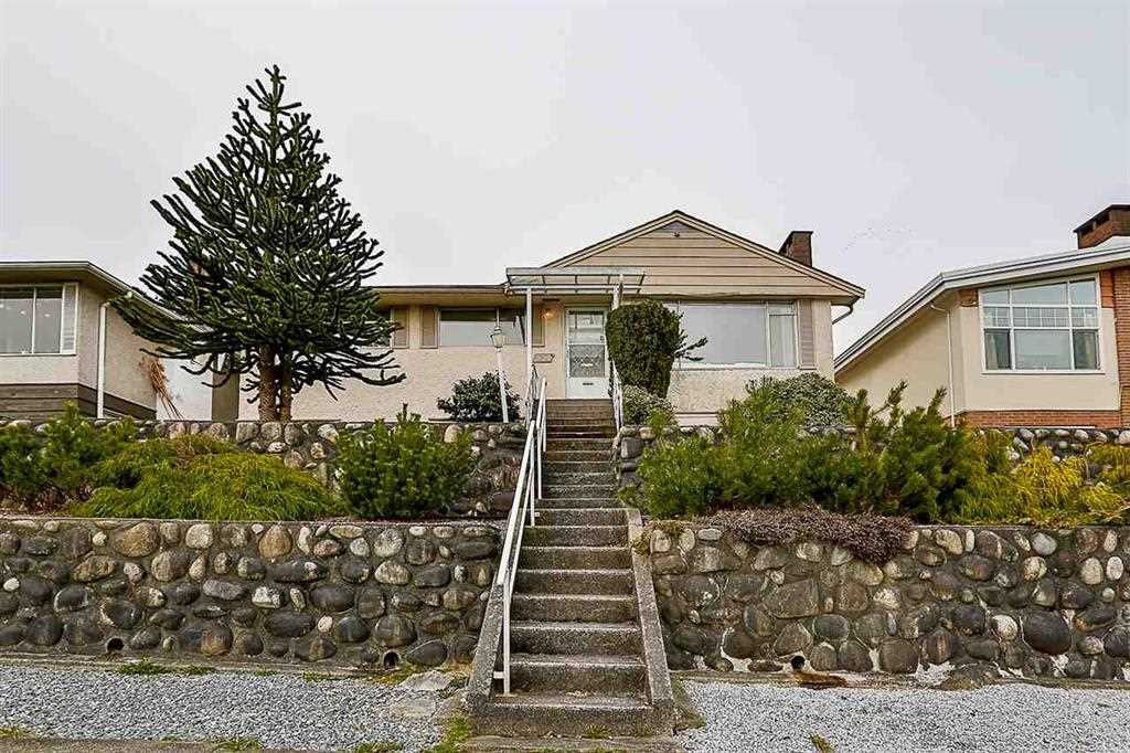 Sold: 551 Garfield Street, New Westminster, BC