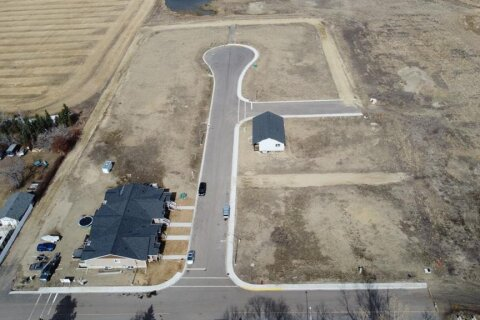 Residential property for sale at 5510 48a Street Close Bentley Alberta - MLS: CA0168231