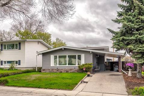 House for sale at 5516 Taylor Cres Northeast Calgary Alberta - MLS: C4244947