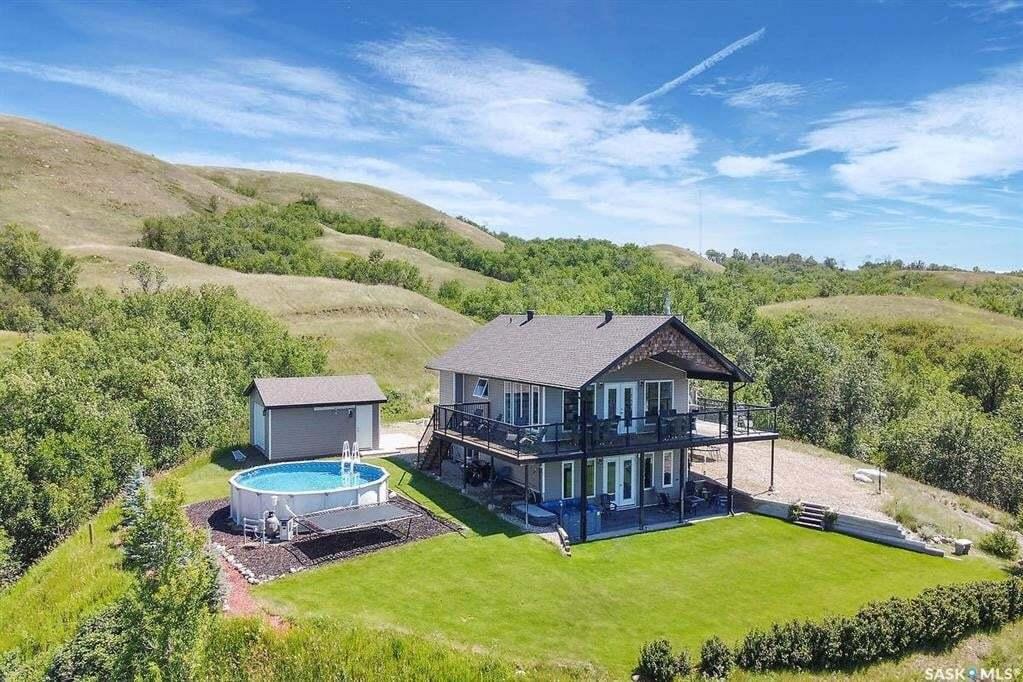 House for sale at 552 Daniel Dr Buffalo Pound Lake Saskatchewan - MLS: SK809441