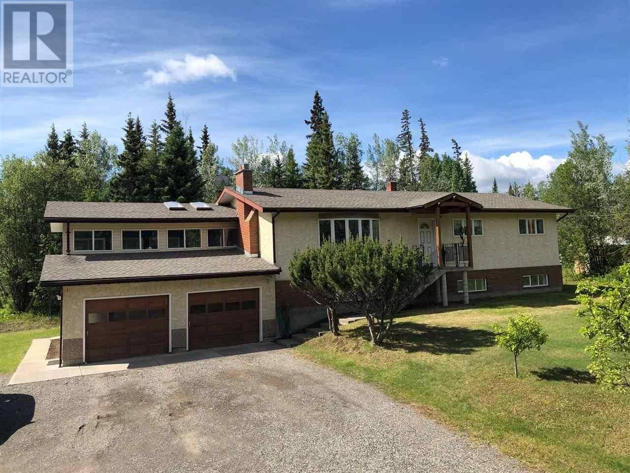 House for sale at 552 Nechako Ave Vanderhoof British Columbia - MLS: R2430763