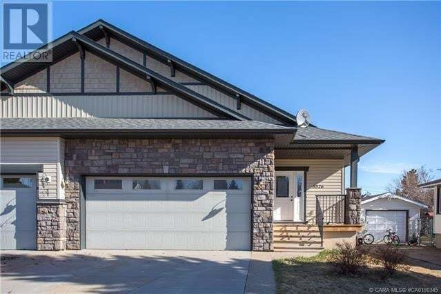 Townhouse for sale at 5526 53 Ave Lacombe Alberta - MLS: ca0190345