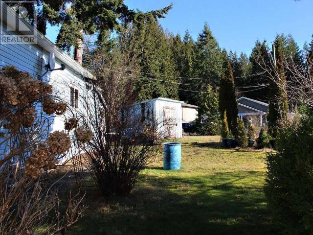 5528 Manson Avenue, Powell River   Image 2