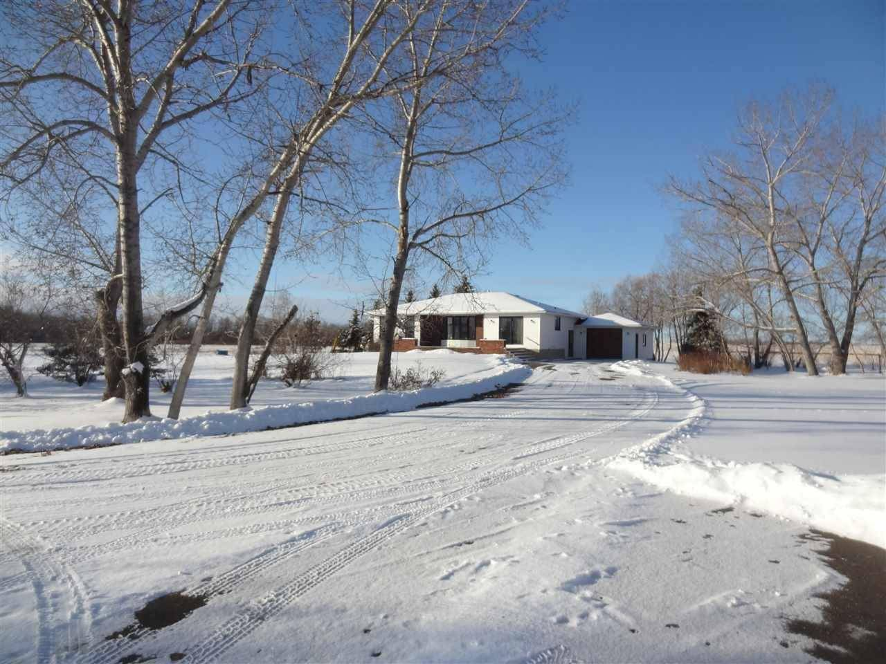 House for sale at  55308 Hy Rural Sturgeon County Alberta - MLS: E4168442