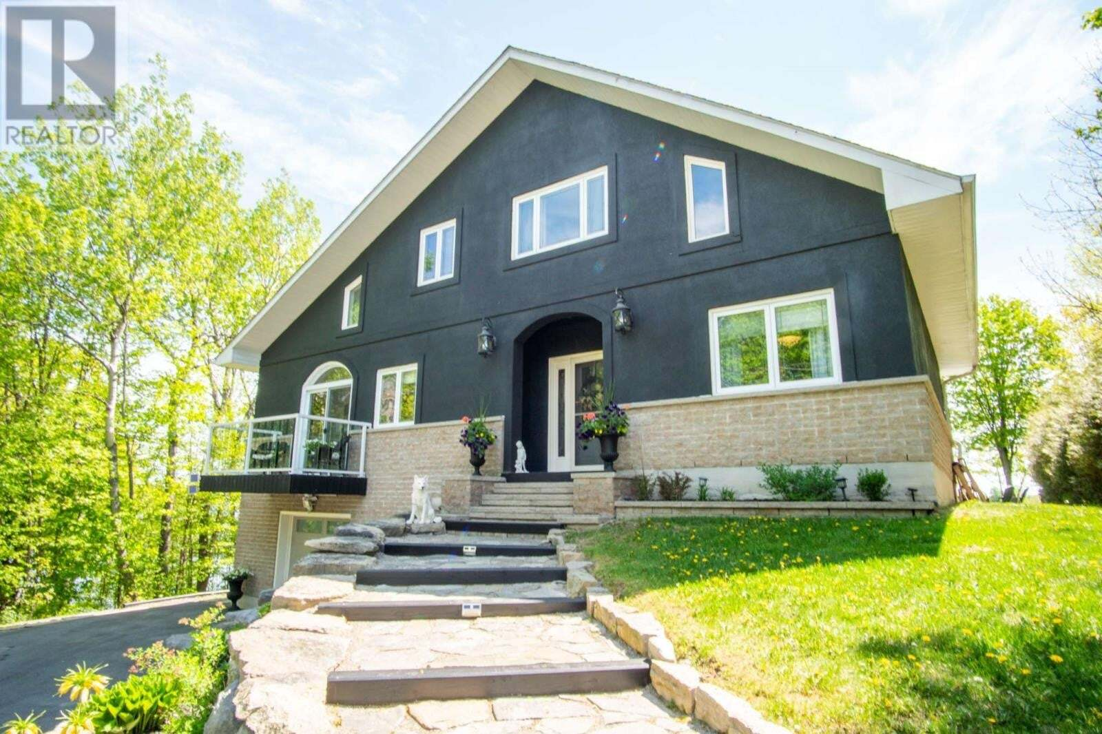 House for sale at 5531 Rideau Rd South Frontenac Ontario - MLS: K20002637