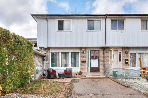 Townhouse for sale at 554 Parkview Cres Cambridge Ontario - MLS: 40035931
