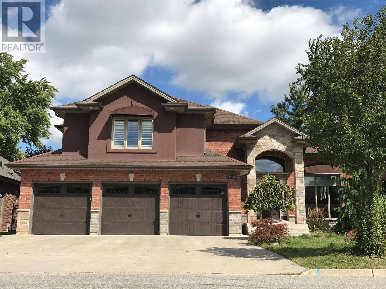 House for sale at 555 Superior  Lasalle Ontario - MLS: 19027472