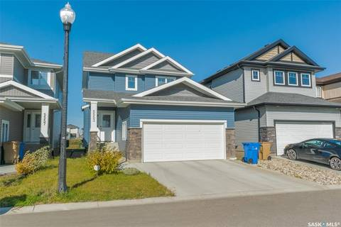 House for sale at 5553 Norseman Cres Regina Saskatchewan - MLS: SK800536