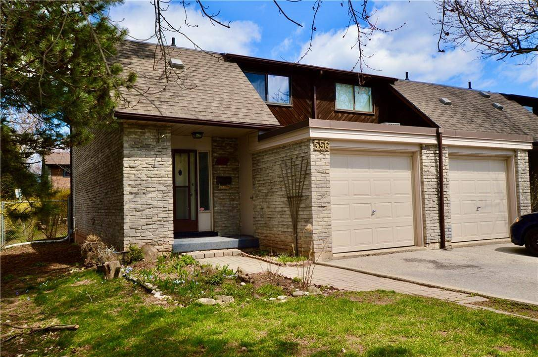 Townhouse for rent at 556 Forestwood Cres Burlington Ontario - MLS: H4076872