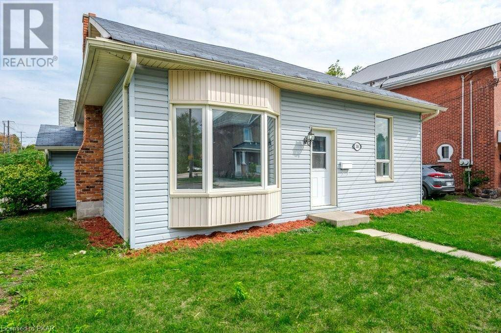 House for sale at 556 Rogers St Peterborough Ontario - MLS: 228559