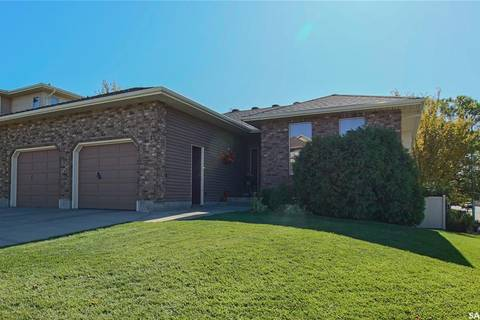 House for sale at 5568 Kartusch Pl Regina Saskatchewan - MLS: SK788435